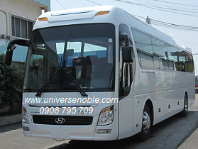 xe 47 chổ Universe máy weichai 336 đưa rước nhân viên