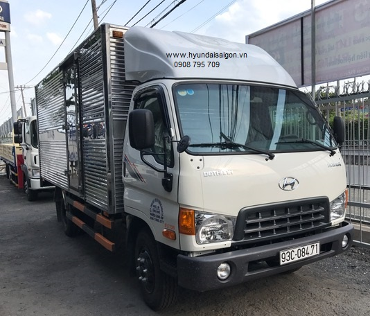 Xe Tải 6.3 tấn Hyundai HD99 thùng kín